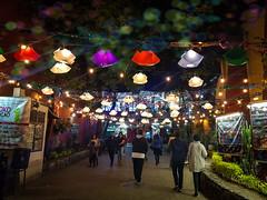 #coyoacan #mexico #travel #colorfull #plaza #tierradecoyotes (Jonnathan Vargas) Tags: plaza mexico colorfull coyoacan