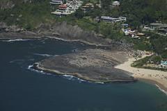 Pedra da prainha (mcvmjr1971) Tags: yellow nikon d800e lens sigma mmoraes pedra do costão itacoatiara niteroi brasil 2019 nove de janeiro verão trilha praia 100300mmf4ex