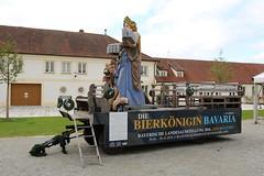 Kloster Aldersbach: Bayerische Landesausstellung 2016 - Bierkönigin Bavaria (Helgoland01) Tags: aldersbach bayern bier kloster brauerei beer niederbayern