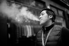 Vaping (Foto John) Tags: leica leicammonochrom246 leicammonochromtyp246 summilux35mmƒ14asphfle rangefinder streetphotography people man stranger lmonochrome portrait vaping smoker london uk
