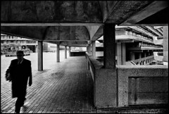C37-17 1975 Brutalism (hoffman) Tags: housing architecture brutalist brutalism city urban london outdoors street barbican brunswickcentre londonwall concrete davidhoffman wwwhoffmanphotoscom