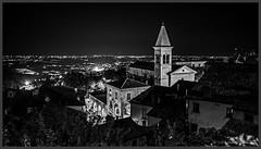 San Marino by night (Schnitzel_bank) Tags: sanmarino rsm nachtaufnahme eos60d canon hdr longexposure nightphotography old town architektur night light illumination nacht notte