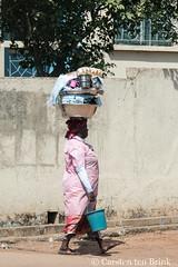 Kumasi (10b travelling / Carsten ten Brink) Tags: 10btravelling 2017 africa african afrika afrique carstentenbrink ghana ghanaian goldcoast iptcbasic kumasi places westafrica bowl carrying icarry tenbrink woman