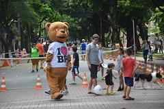 BH é a Gente - Mascote Urso  - Marcelo Machado (Prefeitura de Belo Horizonte) Tags: edição festiva do bh é da gente pessoas belo horizonte prefeituradebelohorizonte prefeitura crianças pets pet animais festa comemoração lazer esporte