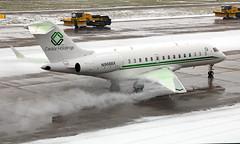 N968BX - Bombardier BD-700-1A10 Global 6000 - ZRH (Seán Noel O'Connell) Tags: n968bx bombardier bd7001a10 global6000 zrh glex zurichairport lszh bizjet aviation avgeek aviationphotography planespotting