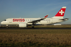 HB-JBD, Bombardier CSeries CS100 (BD-500-1A10), c/n 50013, Swiss International Airlines, CDG/LFPG 2018-12-25, taxiway Alpha-Mike. (alaindurandpatrick) Tags: lx swr swiss swissinternationalairlines airlines hbjbd 50013 bombardier bombardiercseries cseries bombardiercseriescs100 jetliners airliners cdg lfpg parisroissycdg airports aviationphotography