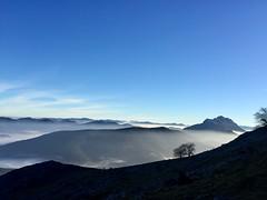 Udalaitz desde Larrano (eitb.eus) Tags: eitbcom 36586 g1 tiemponaturaleza tiempon2018 monte bizkaia abadiño inmalizundia