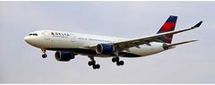 Delta Airlines N857NW (Stefan Wirtz) Tags: n857nw lszh zrh deltaairlines deltaairlinesa330 airbus airbusa330 airbusa330223 a330 a330223 kloten zürich zürichairport zürichflughafen zurich kantonzürich airportzürich aeroportzurich flughafenzürich flughafen flugzeug passagiermaschine passagierjet jet jetplane plane airplane aeroplane widebody landeanflug runway runway14 schweiz suisse switzerland