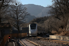 I_B_NAXC0028 (florian_grupp) Tags: asia china train railway railroad beijing peking normalgauge cr s2 badaling yaqing qinglongqiao mountain chinesewall historic station ndj3