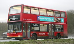 York Pullman TXI 1348 on Tadcaster Grammer School duties. (Gobbiner) Tags: yorkpullmanbuscouk plaxton txi1348 londongeneral pvl244 tadcaster yorkpullman b7tl president y744tgh volvo goahead
