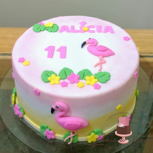 Bolo Flamingo Whatsapp 85 991732296 Fortaleza Ceará A Photo On