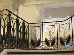 Magasin Le Bon Marché (1923) - 24 rue de Sèvres, Paris VIIe (Yvette G.) Tags: escalier ferronnerie lebonmarché grandmagasin architecture paris paris7 artdéco