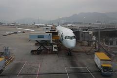 CX Airbus A350-900 B-LRQ (kevincrumbs) Tags: hongkong 香港 lantau 大嶼山 cheklapkok 赤鱲角 hongkonginternationalairport 香港國際機場 hkg vhhh cathaypacific 國泰航空 cx airbus a350 a350900 airbusa350 airbusa350900 blrq airliner