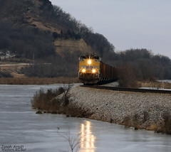 UP 8627 (Western WI Rail Images) Tags: up union pacific coal train rocks water ice tracks rail emd clouds