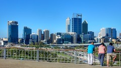 Looking out over Perth (sander_sloots) Tags: perth australia western city stad skyline skyscrapers buildings hoogbouw highrise kings park people mensen view uitzicht architecture down under