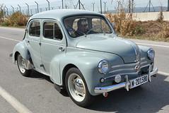 El Prat de Llobregat. (Josep Ollé) Tags: coche clásico classical renault 44 m201580 antiguo turismo
