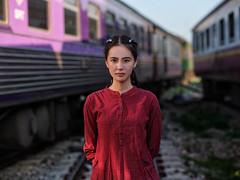 simple portrait of Kao Ming Ming (Khun_K) Tags: portrait portraiture beauty beautiful beautifulgirl beautifulwoman chinesegirl trainstation train fujifilmgfx50r fujifilmgf1102