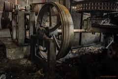 Belt drive (MIKAEL82KARLSSON) Tags: rem belt decay abandoned hjul wheel stål steel drive drift rost rusty rust industri industry sverige sweden sony samyang a7ll 24mm mikael82karlsson