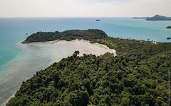 Rang-Yai-Island-Phuket-mavic-0910