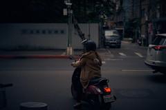 Taipei street scene (ryo_ro) Tags: a7 ilce7 sony sonnar sel55f18z 55mm f18 zeiss carlzeiss taipei taiwan