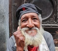 Street portrait (P Villerius) Tags: hat che man beard portrait street streetportrait cheguevara smile funny havana cuba