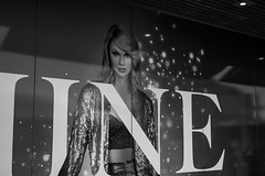 DSC00463 (Damir Govorcin Photography) Tags: taylor swift billboard darling harbour sydney blackwhite monochrome sony a9 sigma 50mm art lens composition