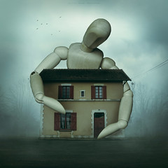 .. (Bettina Dupont) Tags: pantin giant conceptualphotography canoneos7d house mist