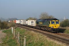 66571 30-03-19 (IanL2) Tags: freightliner class66 66571 leicestershire meltonmowbray trains railways emd