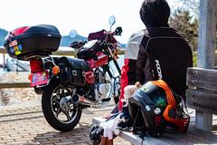 公園のベンチで、一休み。 (mayuri041) Tags: 大崎上島 gn125h motorcycle オートバイ ドール