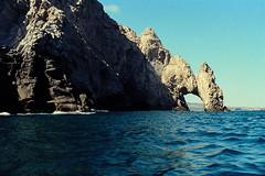 Cabo San Lucas (GOJR.) Tags: nikonf2 cabosanlucas film analog seascpae mexico travel